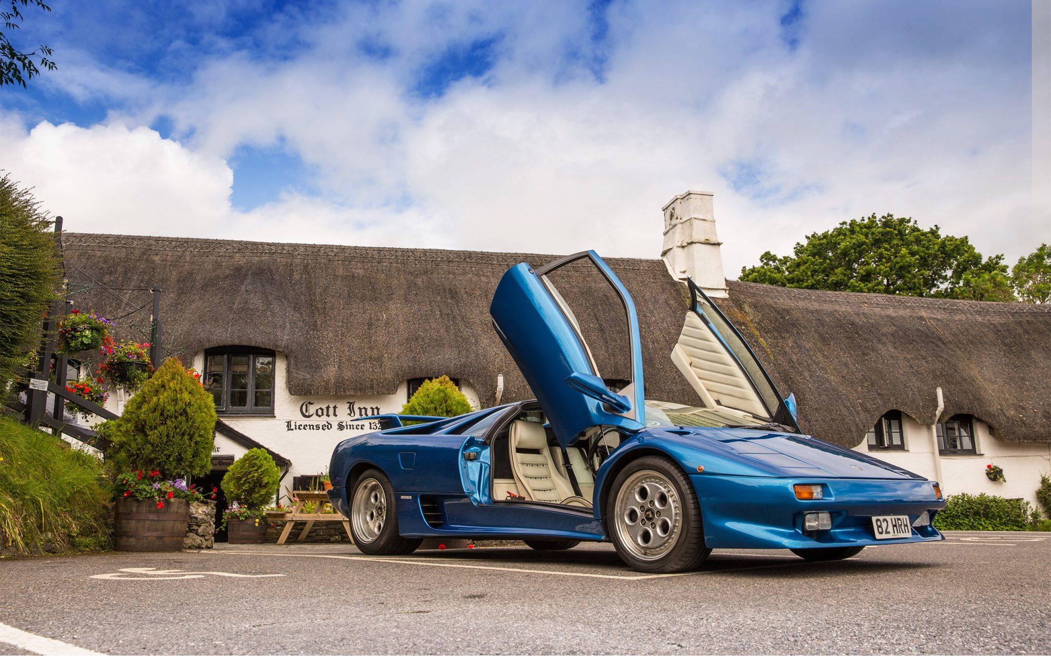 Lamborghini Diablo, Supercar, Cott Inn, Dartington, Devon, English Country Pub, English Country Inn,Winner, Best British Pub, WINNER OF THE GREAT BRITISH PUB AWARDS 2019, Carey Marks Photography