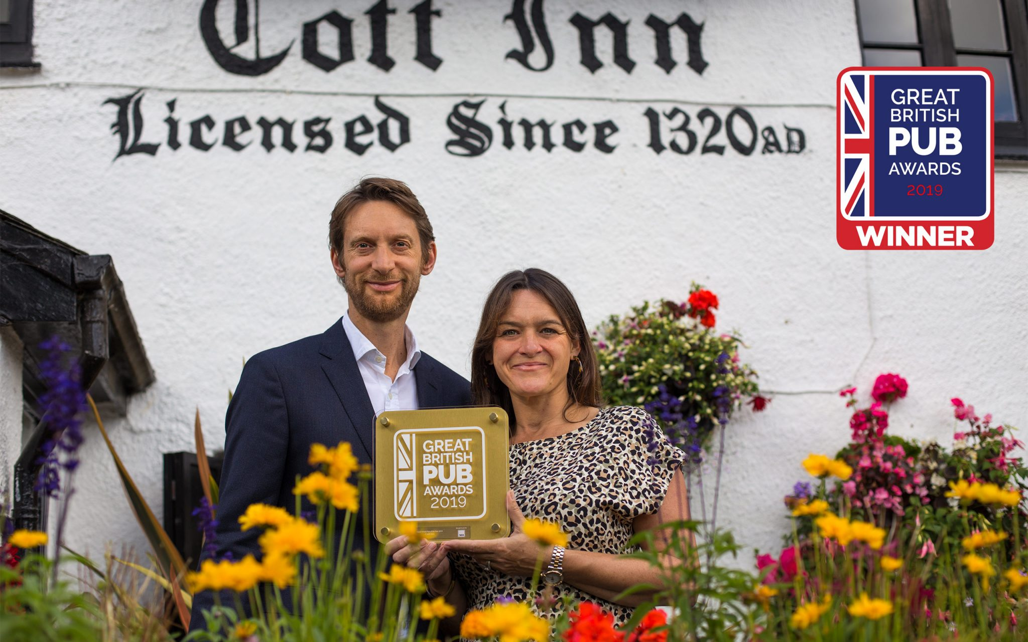 "WINNER OF THE GREAT BRITISH PUB AWARDS 2019. Royal Lancaster Hotel in London THE COTT INN won ""BEST PUB IN BRITAIN"""