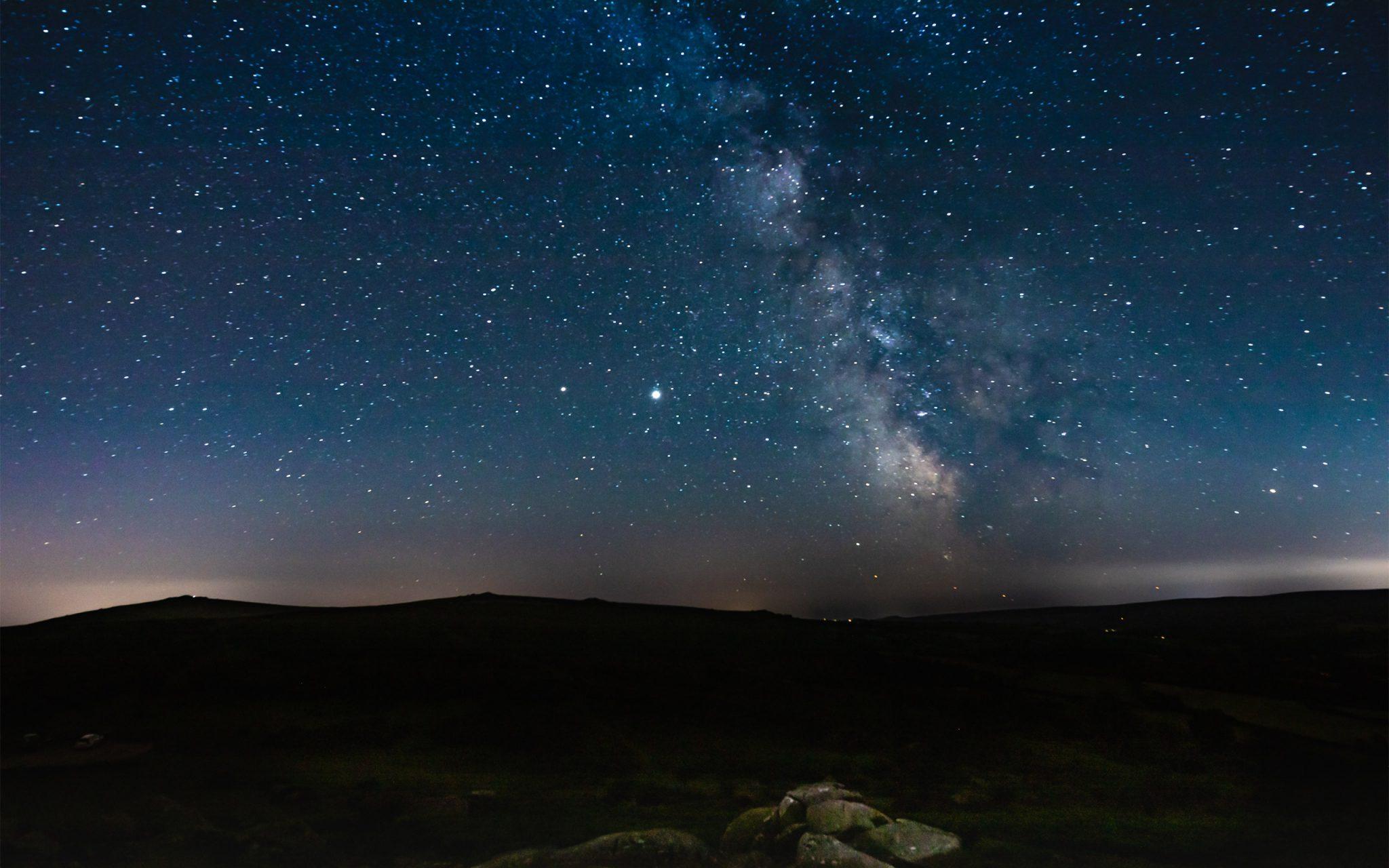 #Saturn & #Jupiter visible within the The Milky Way on #Dartmoor, Devon, UK.
